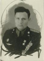 Герой Советского Союза, лётчик Орлов Яков Никифорович. 1955 г.  Ф. Р-5404. Оп. 1. Д.18. Л. 6