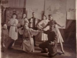 Выступление группы художественной самодеятельности госпиталя № 5354.
