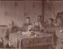 Друзья поздравляют А.А. Аскарова с присвоением звания Героя Советского Союза за форсирование Днепра. 1944 г.
